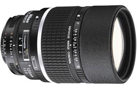 Nikon AF-D DC Nikkor 135mm f/2 Lens